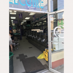 98-18_laundry mat